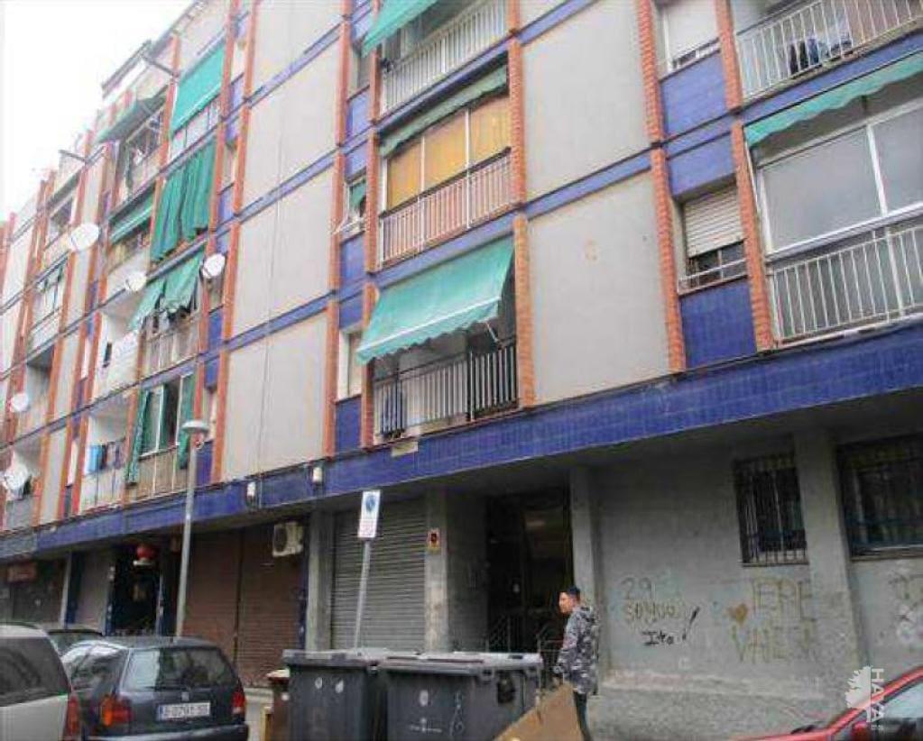 Piso en venta en La Barriada Nova, Canovelles, Barcelona, Calle Sequia, 39.000 €, 2 habitaciones, 1 baño, 64 m2