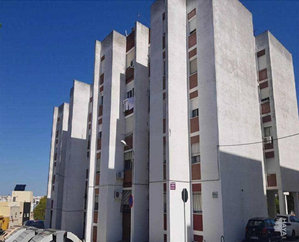 Piso en venta en Chiclana de la Frontera, Cádiz, Calle Pilar, 67.500 €, 3 habitaciones, 1 baño, 87 m2