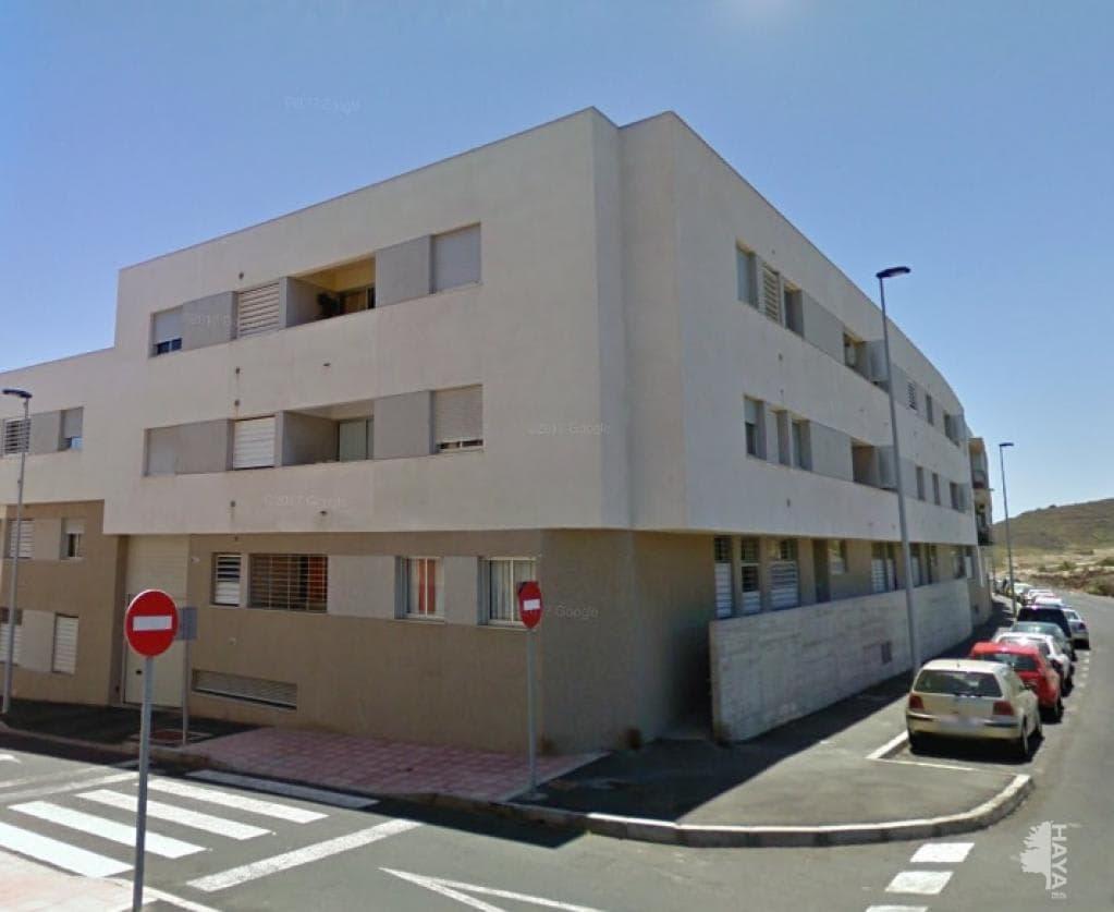 Piso en venta en Granadilla de Abona, Santa Cruz de Tenerife, Calle Rosalia de Castro, 102.100 €, 3 habitaciones, 2 baños, 100 m2