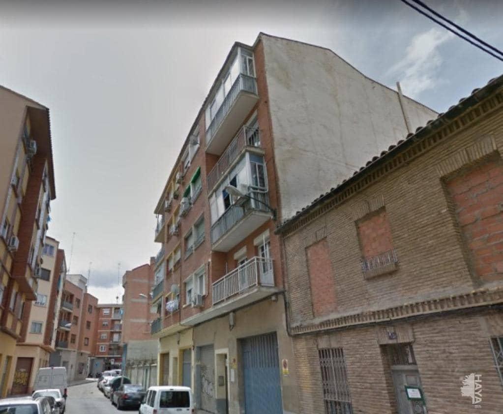 Piso en venta en Delicias, Zaragoza, Zaragoza, Calle Tenor Gayarre, 59.800 €, 3 habitaciones, 1 baño, 65 m2