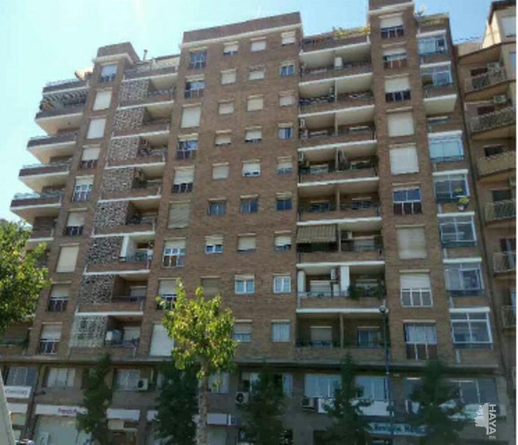 Piso en venta en Camp D`esports, Lleida, Lleida, Avenida Doctor Fleming, 66.600 €, 3 habitaciones, 1 baño, 79 m2