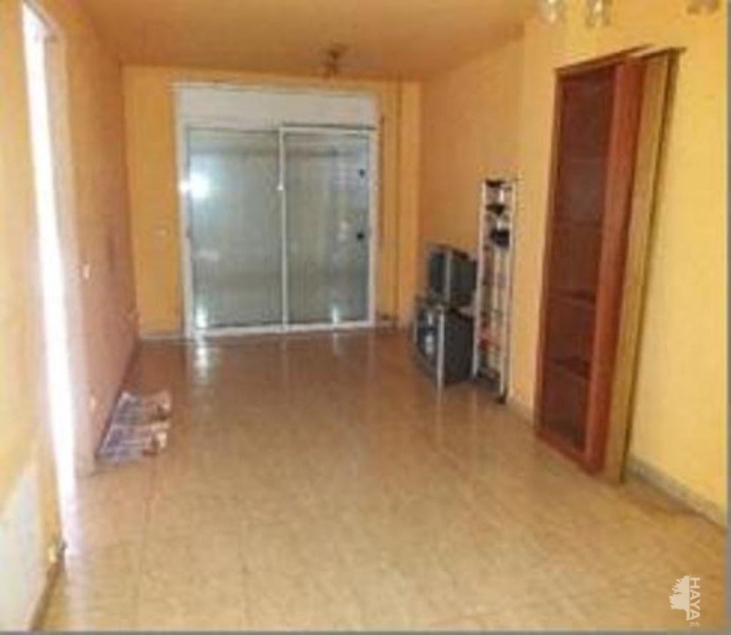 Piso en venta en Llagostera, Girona, Calle Alberti, 117.400 €, 2 habitaciones, 2 baños, 82 m2