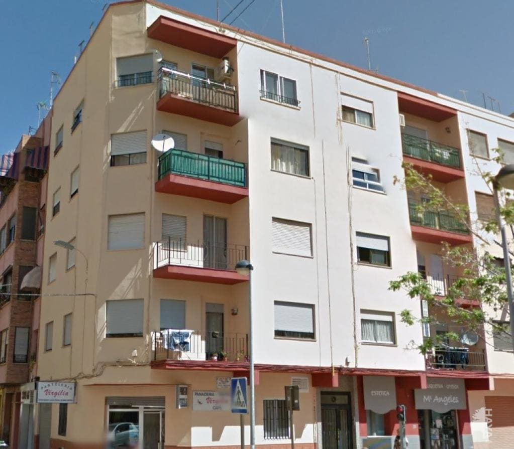 Piso en venta en Urbanización Penyeta Roja, Castellón de la Plana/castelló de la Plana, Castellón, Plaza Dolçainers de Tales, 70.400 €, 3 habitaciones, 1 baño, 76 m2