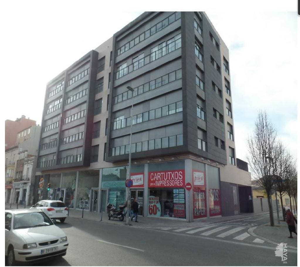 Local en venta en Sabadell, Barcelona, Calle Maria Teresa Duran, 93.900 €, 90 m2