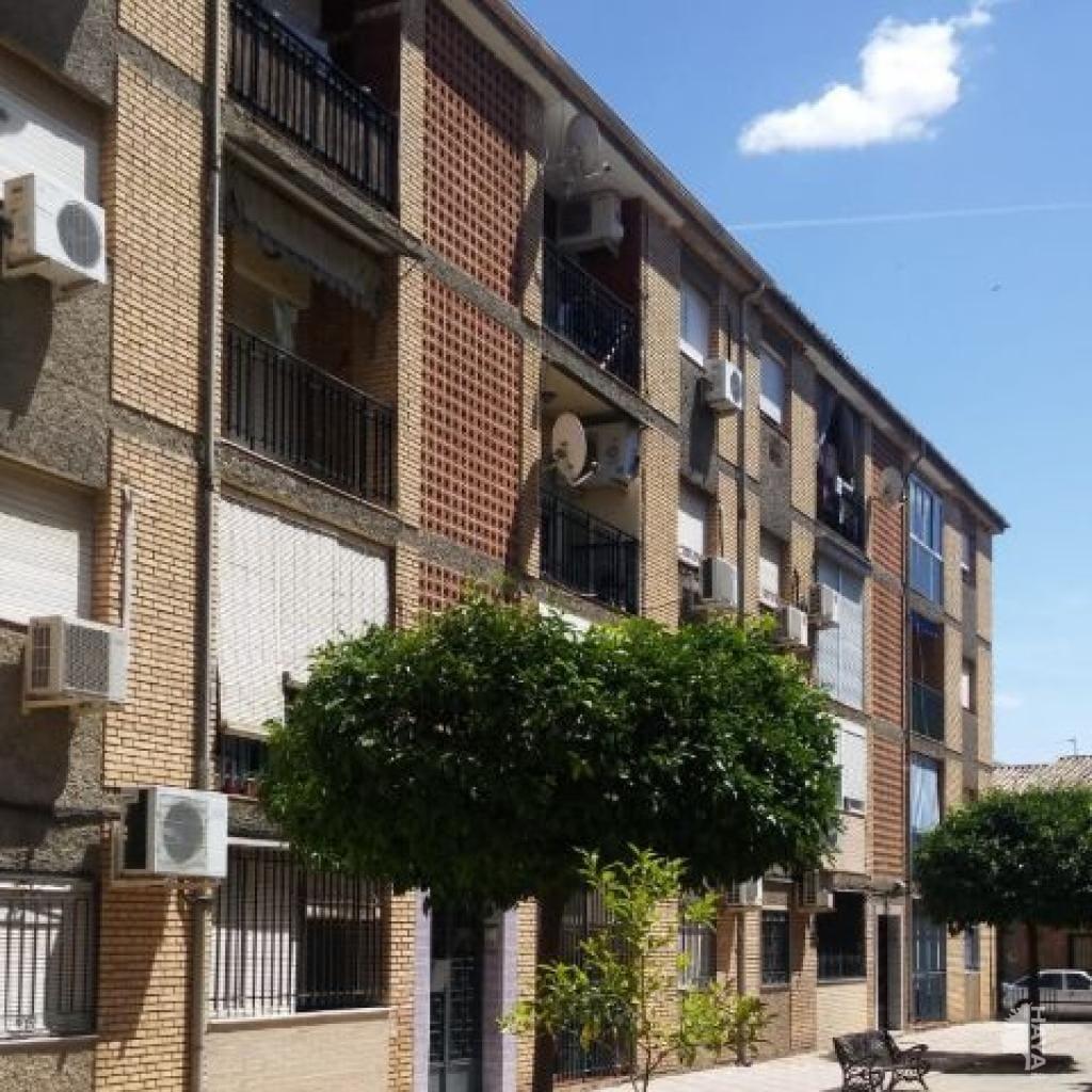 Piso en venta en Bailén, Jaén, Avenida Historiador Rus de la Puerta, 32.600 €, 3 habitaciones, 1 baño, 84 m2