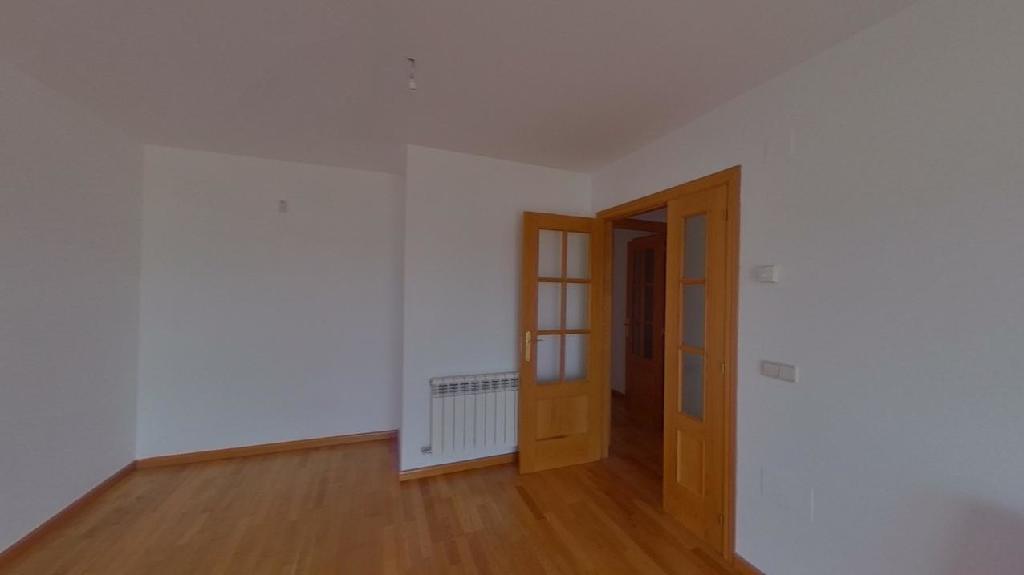 Piso en venta en Zamora, Zamora, Calle Salamanca, 99.000 €, 2 habitaciones, 2 baños, 96 m2