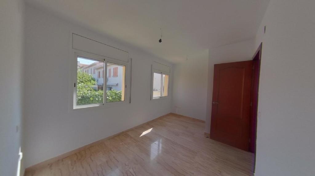 Casa en venta en El Vendrell, Tarragona, Calle Mare Nostrum, 157.500 €, 3 habitaciones, 2 baños, 160 m2
