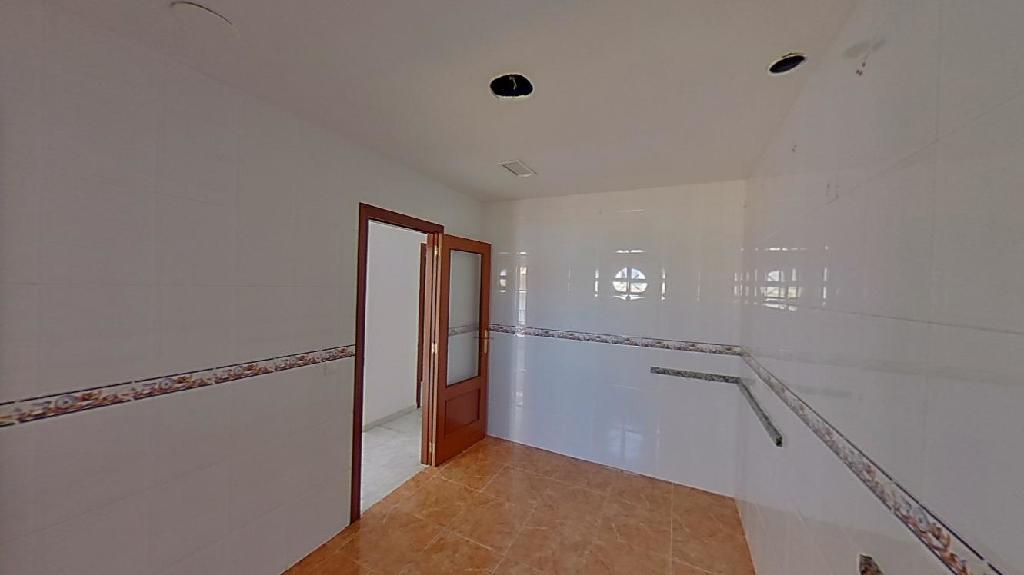 Piso en venta en Cabra, Córdoba, Calle San Roque, 121.000 €, 3 habitaciones, 2 baños, 142 m2