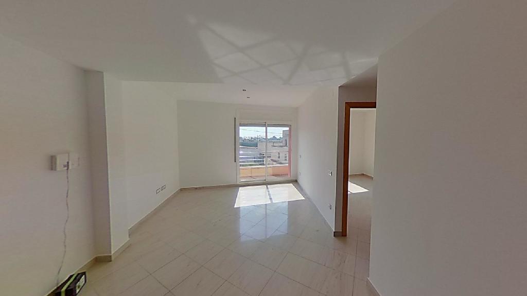Piso en venta en Sant Jaume D`enveja, Tarragona, Calle Mallorca, 62.000 €, 3 habitaciones, 2 baños, 107 m2