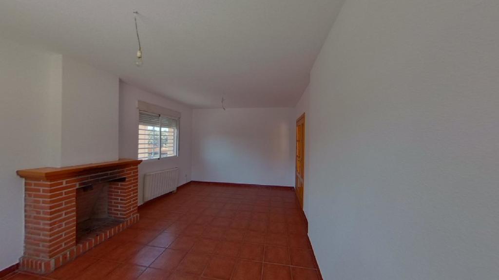 Casa en venta en El Casar de Escalona, Toledo, Calle Barcelona, 110.000 €, 3 habitaciones, 2 baños, 281 m2