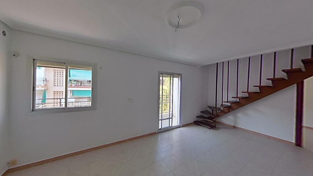 Piso en venta en Alicante/alacant, Alicante, Calle Sierra Bernia, 45.500 €, 4 habitaciones, 2 baños, 91 m2