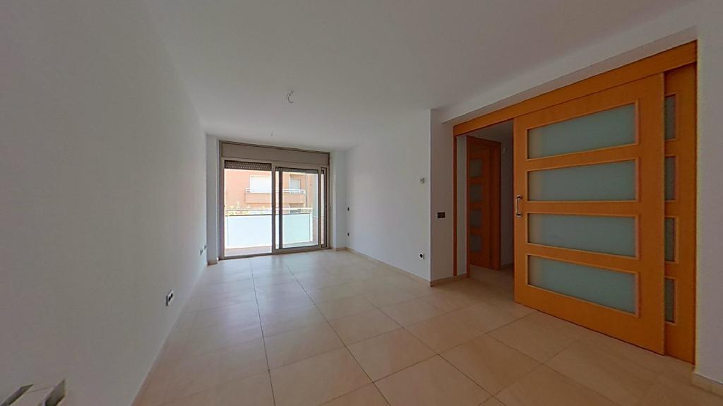 Piso en venta en Calaf, Barcelona, Paseo Santa Calamanda, 69.500 €, 3 habitaciones, 2 baños, 111 m2