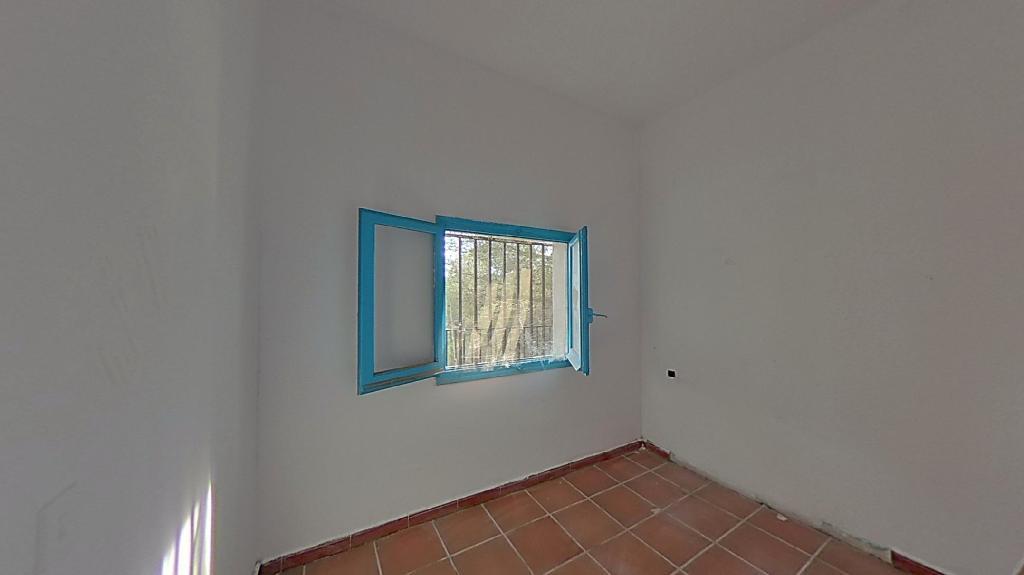 Casa en venta en Casa en Torrelles de Foix, Barcelona, 82.000 €, 6 habitaciones, 2 baños, 186 m2
