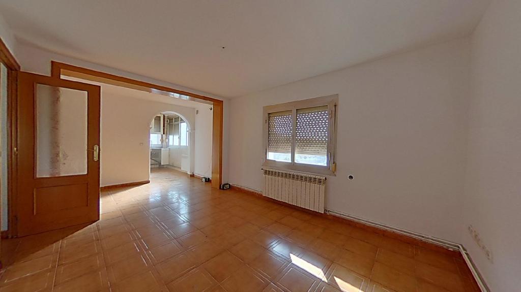 Piso en venta en Sabadell, Barcelona, Calle Campoamor, 87.500 €, 3 habitaciones, 1 baño, 72 m2