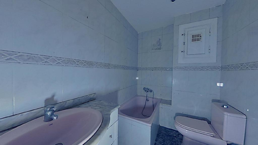 Piso en venta en Piso en Sabadell, Barcelona, 87.500 €, 3 habitaciones, 1 baño, 72 m2