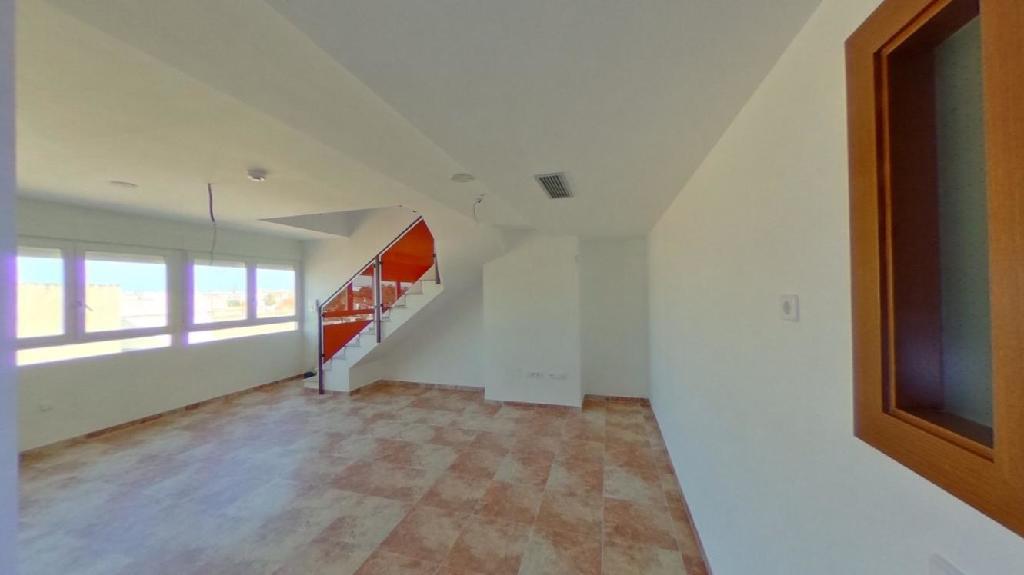 Piso en venta en Benicarló, Castellón, Calle Llauradors, 92.000 €, 3 habitaciones, 2 baños, 125 m2