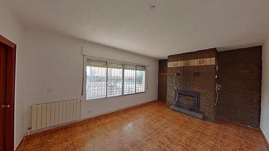 Casa en venta en Zarza de Tajo, Cuenca, Avenida Belinchon, 68.500 €, 4 habitaciones, 1 baño, 123 m2