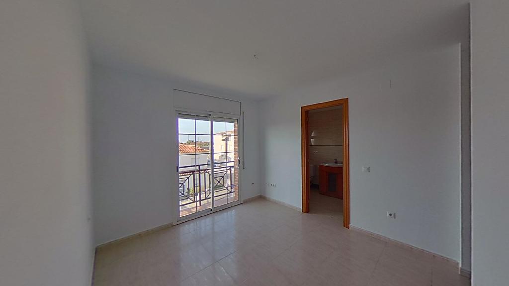 Casa en venta en Les Masies de Sant Miquel, Banyeres del Penedès, Tarragona, Calle Zaragoza, 171.000 €, 3 habitaciones, 3 baños, 216 m2