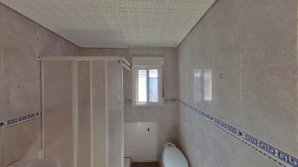 Piso en venta en Piso en Callosa de Segura, Alicante, 27.000 €, 3 habitaciones, 1 baño, 85 m2