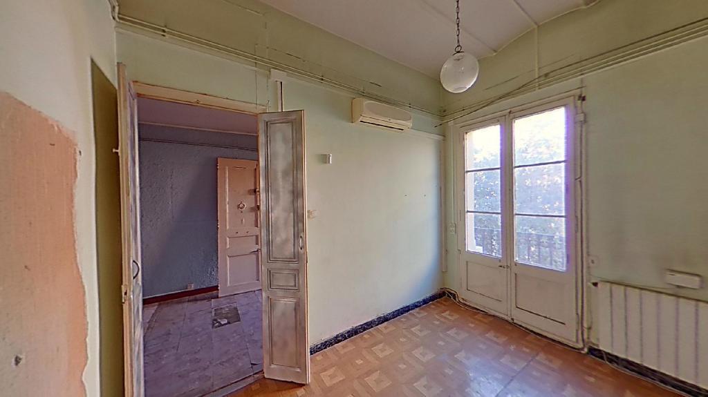 Piso en venta en Eixample, Barcelona, Barcelona, Calle Rosello, 186.000 €, 1 habitación, 1 baño, 67 m2