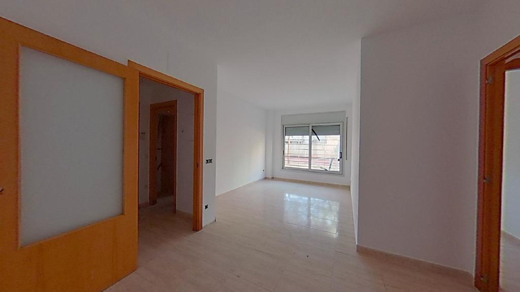 Piso en venta en Vilatenim, Figueres, Girona, Calle Taure, 54.000 €, 2 habitaciones, 1 baño, 66 m2