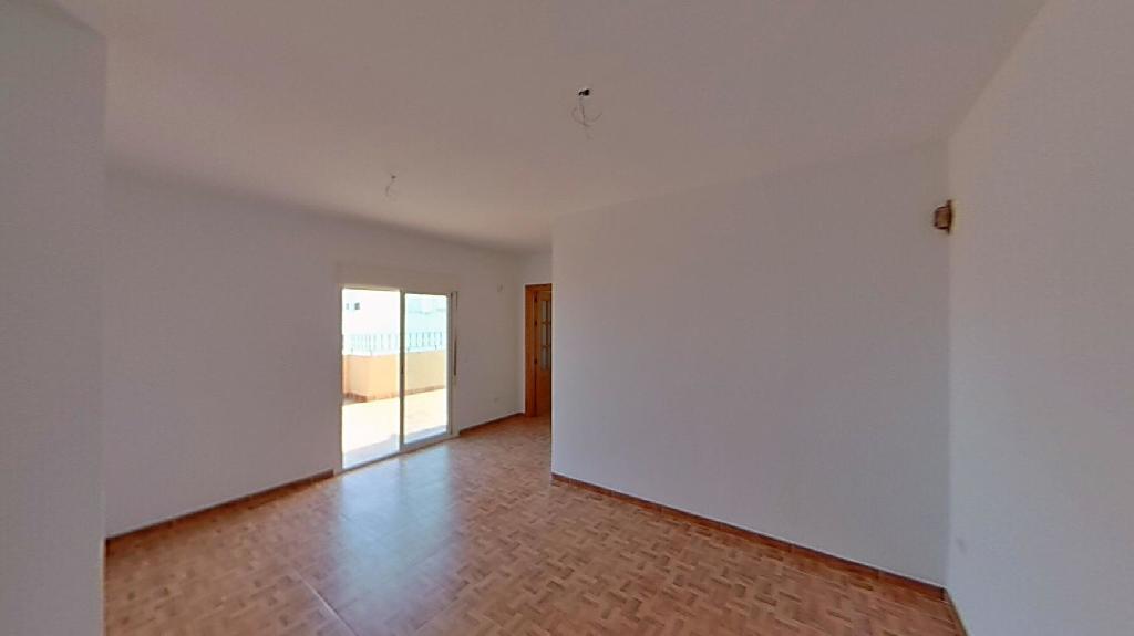 Piso en venta en El Ejido, Almería, Calle Menendez Pelayo, 64.000 €, 2 habitaciones, 1 baño, 73 m2