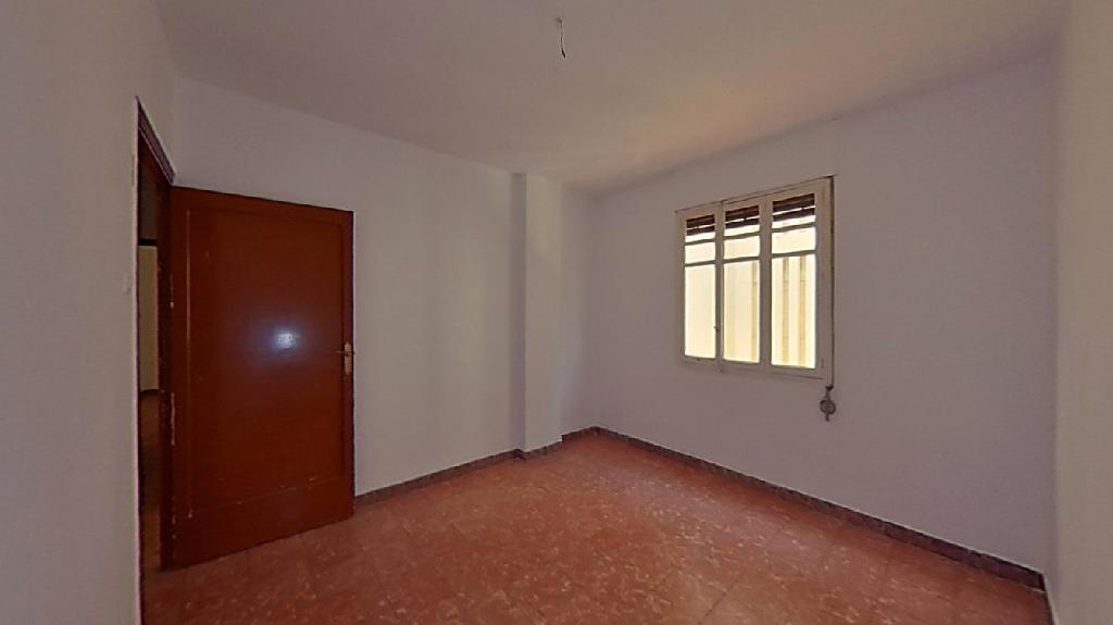 Piso en venta en Piso en Burriana, Castellón, 43.000 €, 4 habitaciones, 2 baños, 108 m2