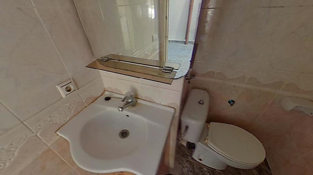 Piso en venta en Piso en Tarragona, Tarragona, 31.000 €, 2 habitaciones, 1 baño, 44 m2