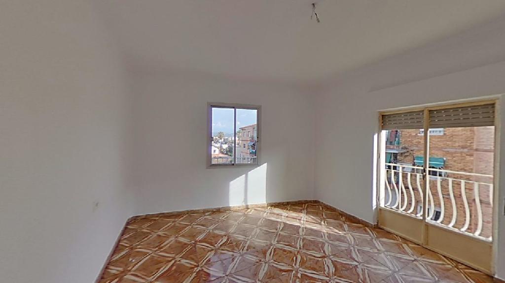 Piso en venta en Murcia, Murcia, Camino de la Fuensanta, 69.500 €, 4 habitaciones, 2 baños, 147 m2