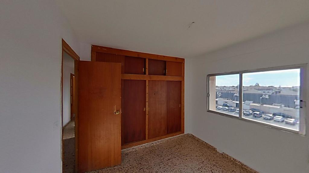 Piso en venta en Piso en San Javier, Murcia, 49.000 €, 4 habitaciones, 2 baños, 89 m2