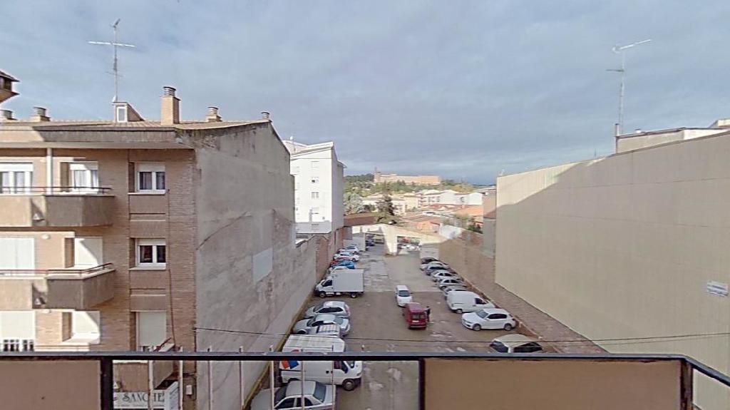 Piso en venta en Piso en Balaguer, Lleida, 24.500 €, 3 habitaciones, 1 baño, 81 m2