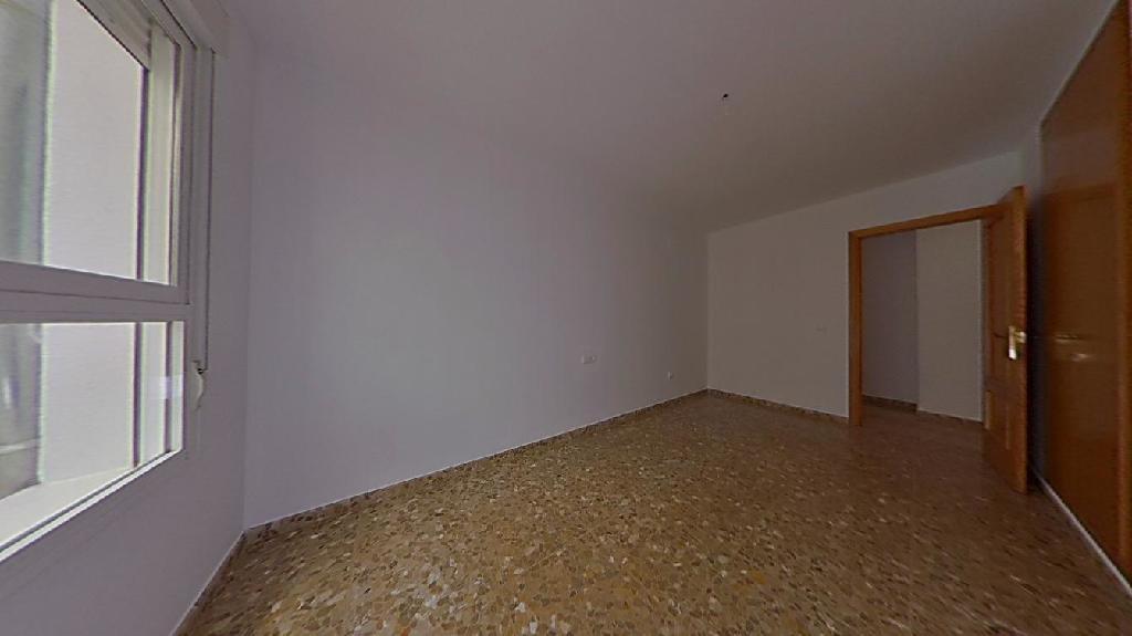 Piso en venta en Piso en Onda, Castellón, 77.000 €, 3 habitaciones, 2 baños, 130 m2