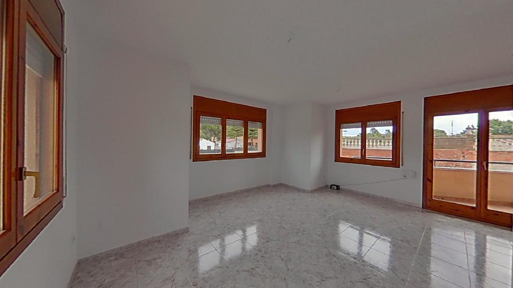 Piso en venta en Piera, Barcelona, Calle Cardoner, 108.000 €, 3 habitaciones, 1 baño, 109 m2