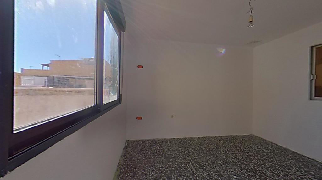 Piso en venta en Piso en Vila-real, Castellón, 29.000 €, 3 habitaciones, 2 baños, 76 m2