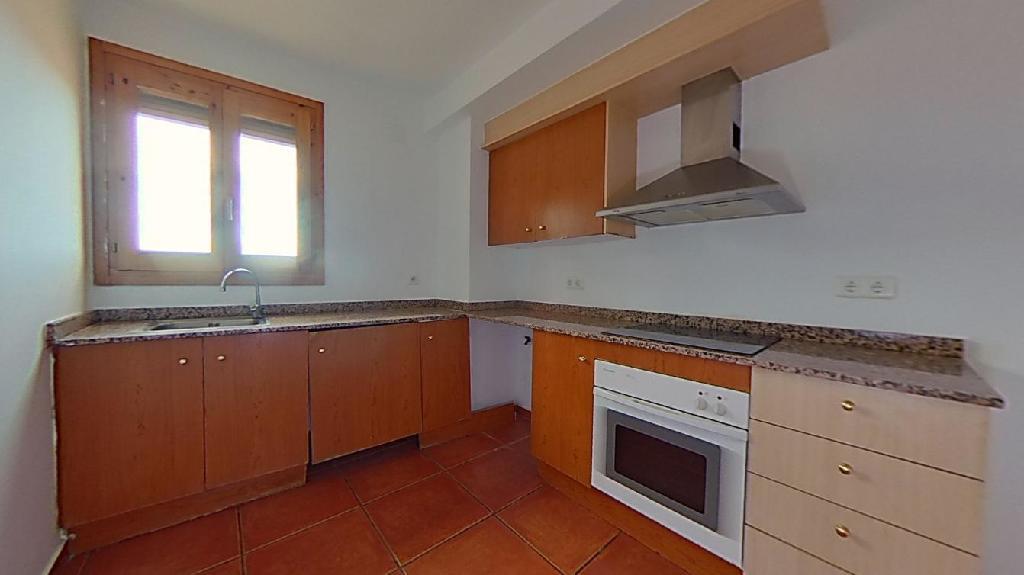 Piso en venta en Piso en Corbera D`ebre, Tarragona, 66.000 €, 3 habitaciones, 1 baño, 133 m2