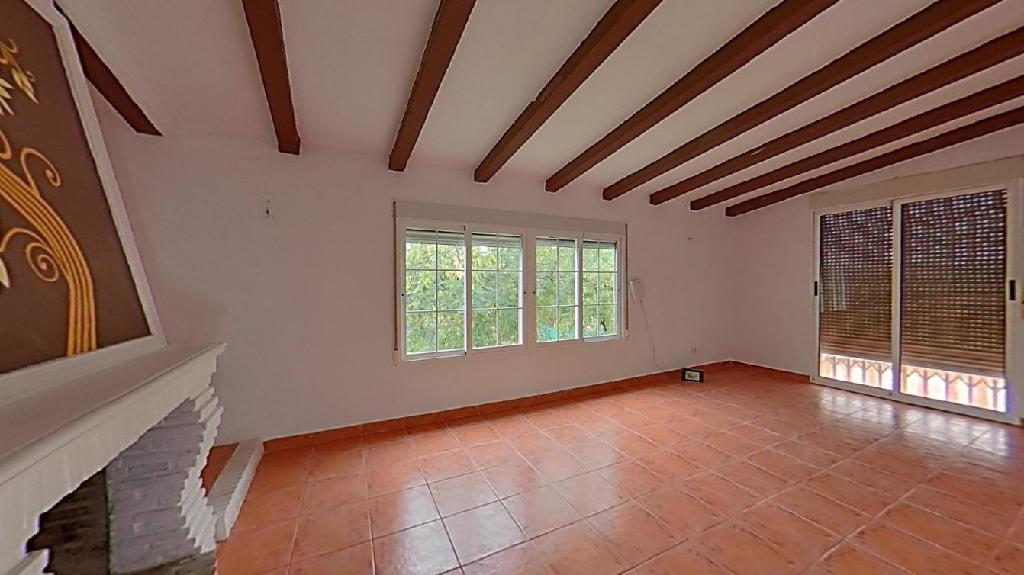 Casa en venta en Santa Mónica, Riba-roja de Túria, Valencia, Calle Gallipont, 197.000 €, 6 habitaciones, 3 baños, 215 m2