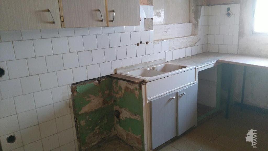Piso en venta en Vilafranca del Penedès, Barcelona, Calle Sant Sadurni, 59.839 €, 3 habitaciones, 1 baño, 74 m2