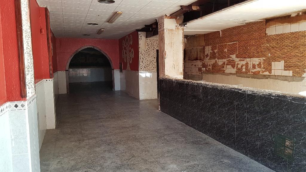 Local en venta en Guadalhorce, Terrassa, Barcelona, Calle Guadalhorce, 78.000 €, 149 m2