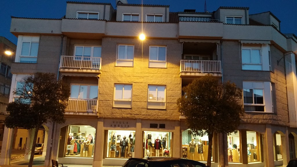 Piso en venta en Íscar, Valladolid, Calle Fausto Herrero, 87.360 €, 4 habitaciones, 2 baños, 120 m2
