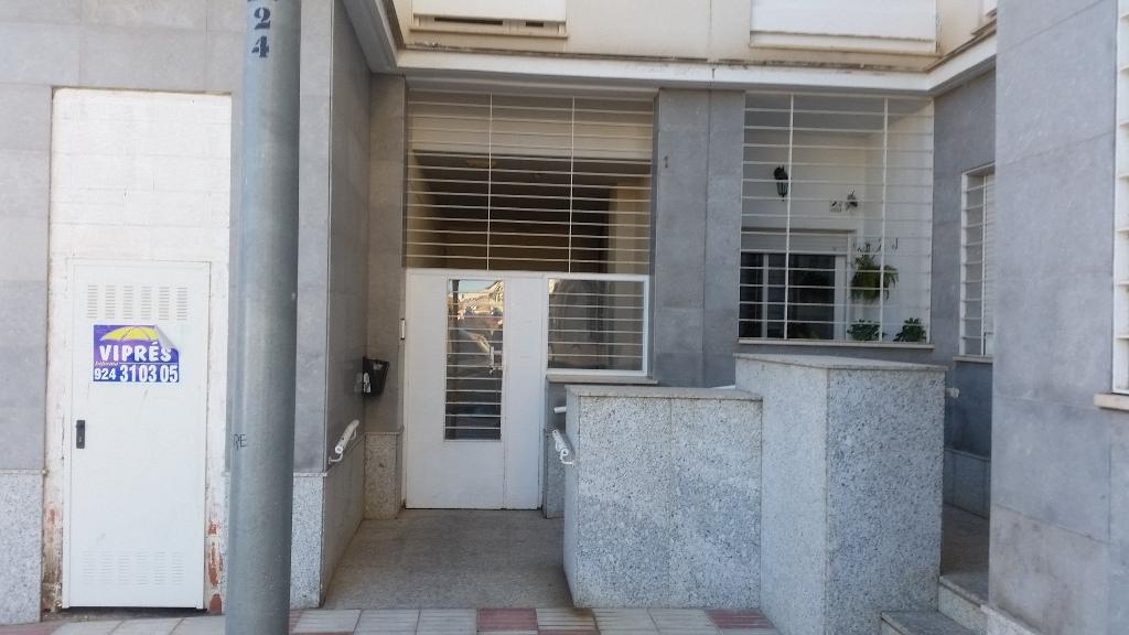 Local en venta en Don Benito, Badajoz, Calle Castaño, 38.000 €, 128 m2