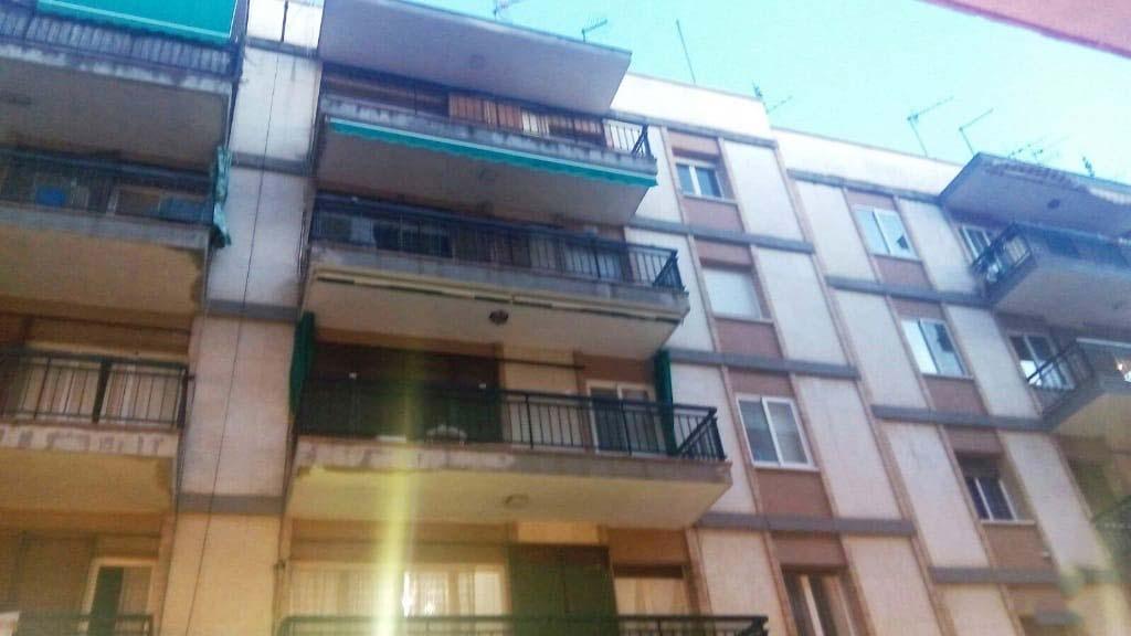 Piso en venta en Picamoixons, Valls, Tarragona, Calle Abad Llort, 67.569 €, 3 habitaciones, 1 baño, 127 m2