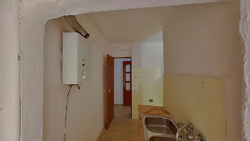 Piso en venta en Cartagena, Murcia, Plaza Arganzuela, 50.000 €, 3 habitaciones, 1 baño, 85 m2