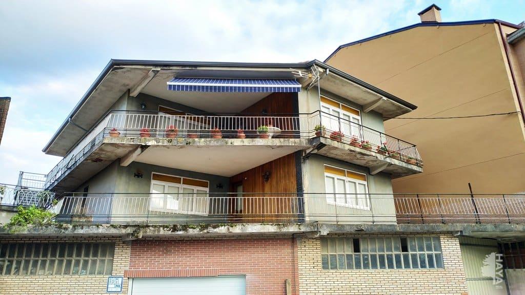Piso en venta en Urbanización la Campanilla, Santa María de Cayón, Cantabria, Avenida Justina Y Berdia, 111.100 €, 3 habitaciones, 1 baño, 119 m2