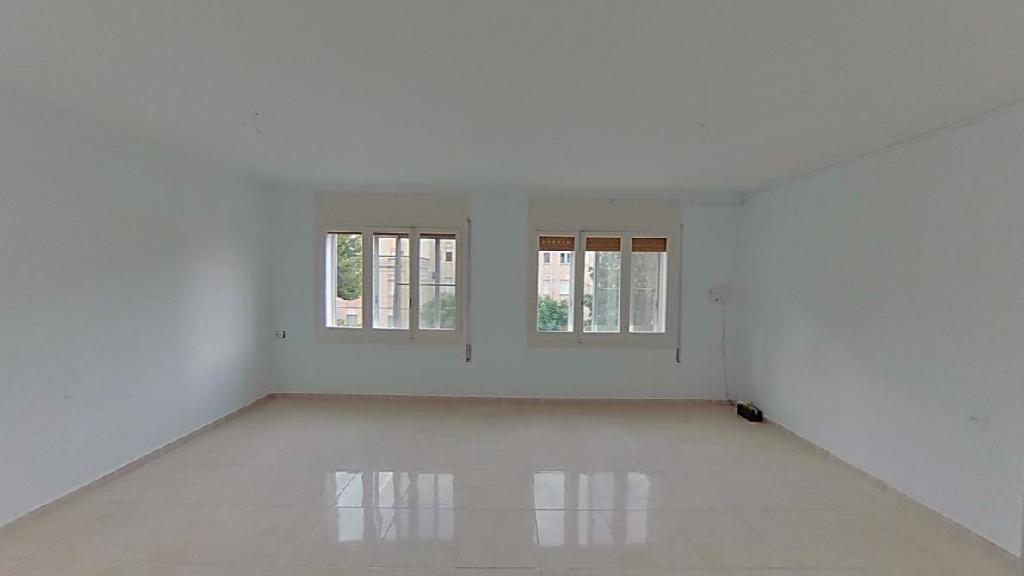 Piso en venta en Tortosa, Tarragona, Calle Lamote de Grignon, 49.500 €, 3 habitaciones, 1 baño, 94 m2
