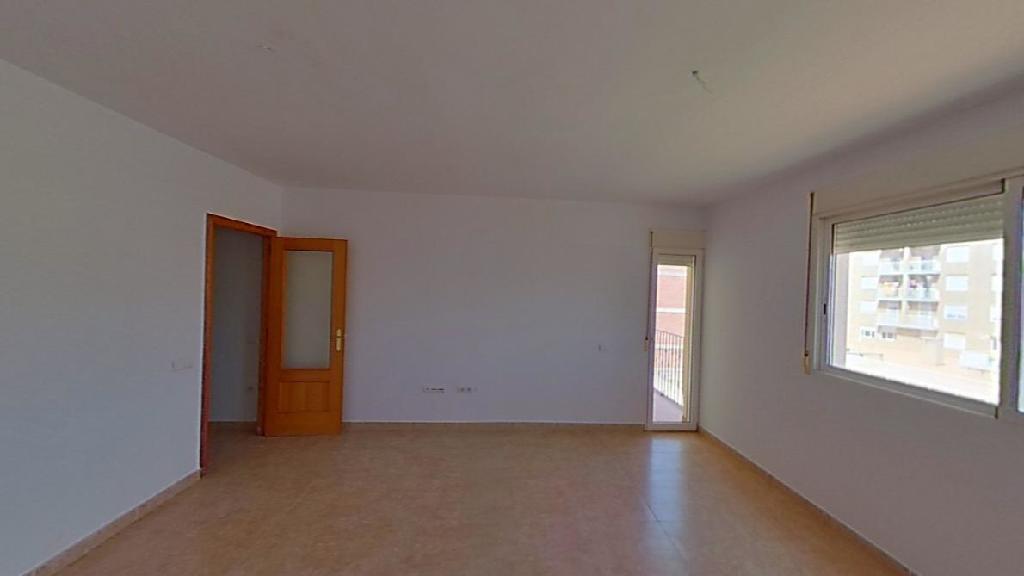 Piso en venta en Alcanar, Tarragona, Calle Enric Granados, 91.500 €, 4 habitaciones, 2 baños, 107 m2