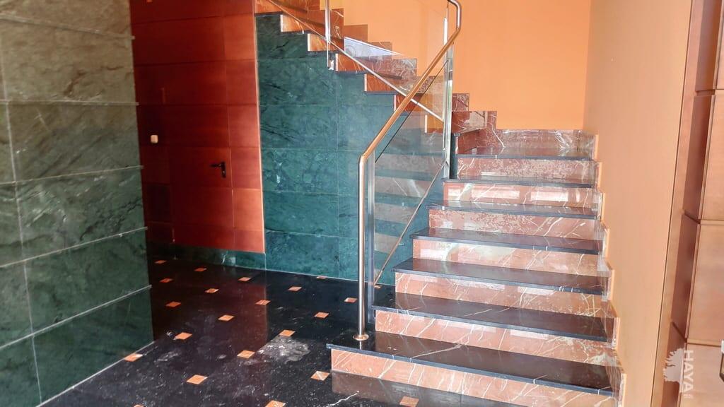 Piso en venta en Huesca, Huesca, Calle Prolongacion, 218.500 €, 3 habitaciones, 1 baño, 153 m2