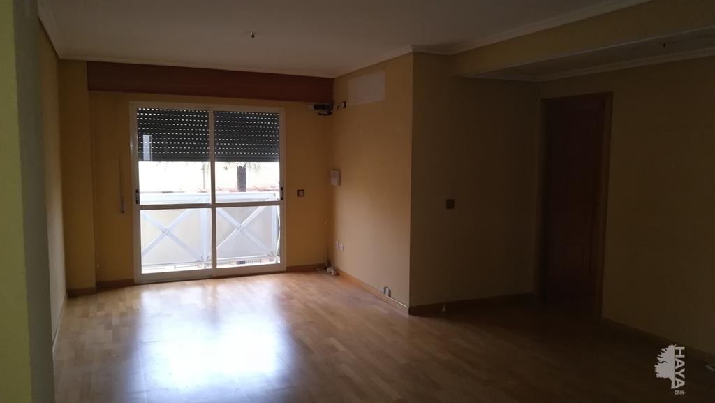 Piso en venta en Gandia, Valencia, Calle Benicanena, 101.600 €, 3 habitaciones, 137 m2
