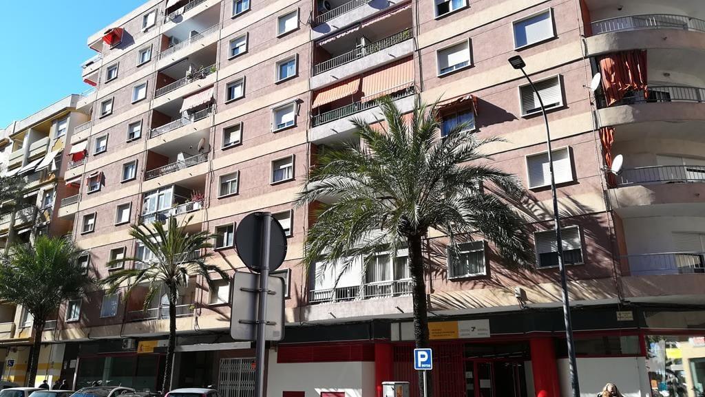 Piso en venta en Gandia, Valencia, Calle República de Argentina, 62.920 €, 3 habitaciones, 2 baños, 85 m2