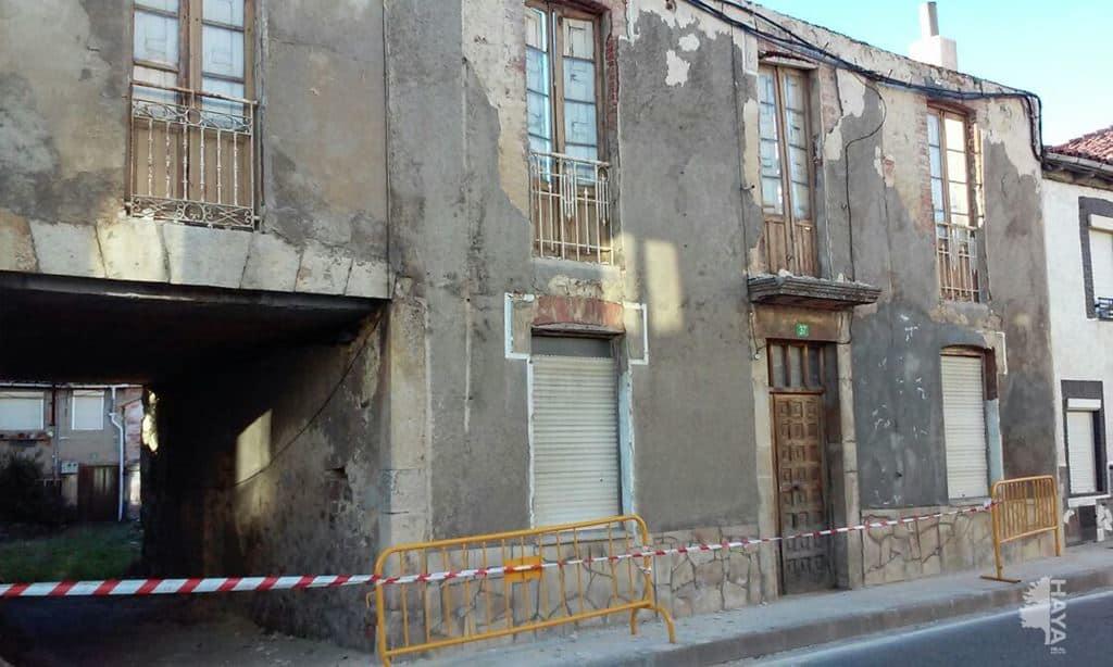 Casa en venta en Casa en Boñar, León, 25.977 €, 1 baño, 193 m2