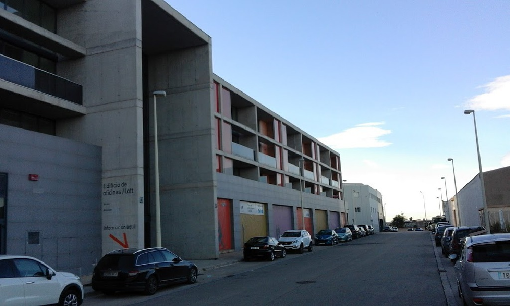 Local en venta en Manises, Valencia, Calle Catarroja, 93.000 €, 118 m2